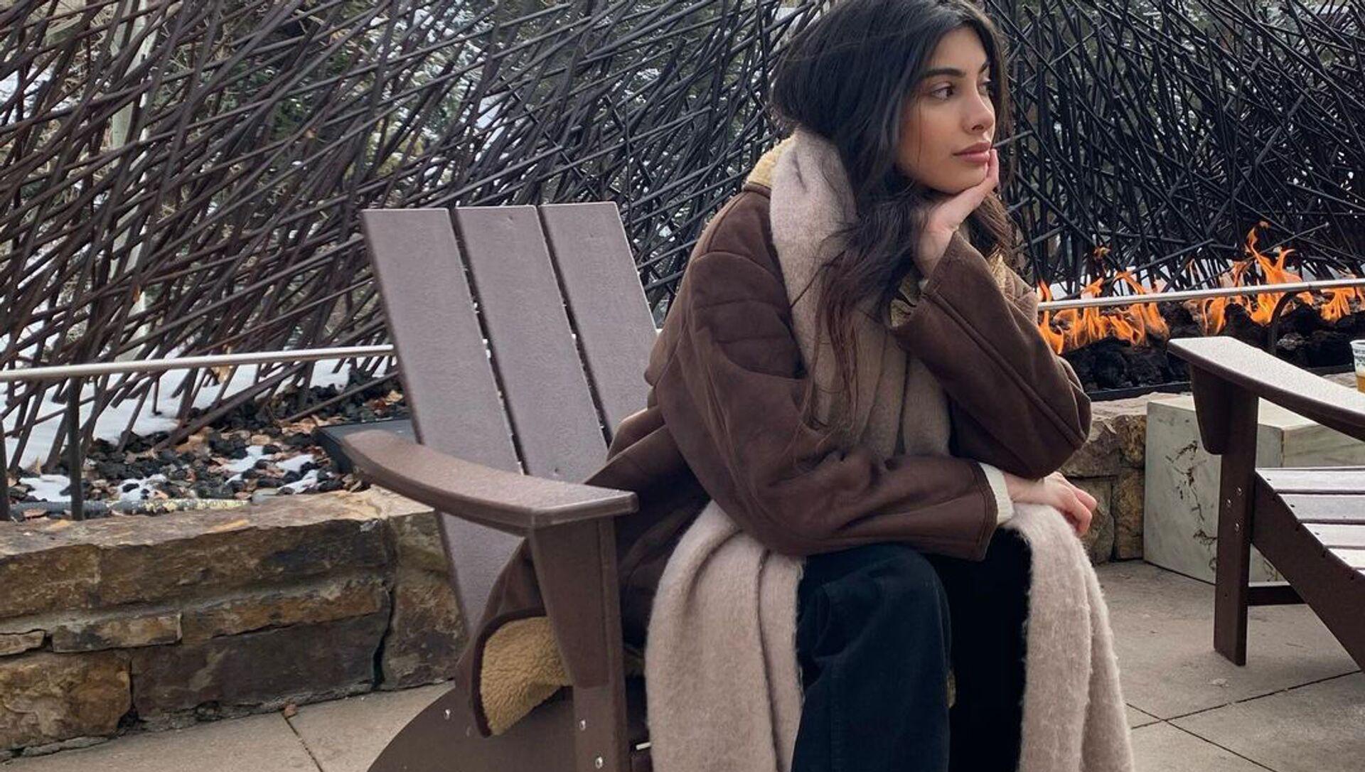 6 весенних луков Русланы Джи: в чем блогер встречает сезон - Sputnik Азербайджан, 1920, 08.02.2021