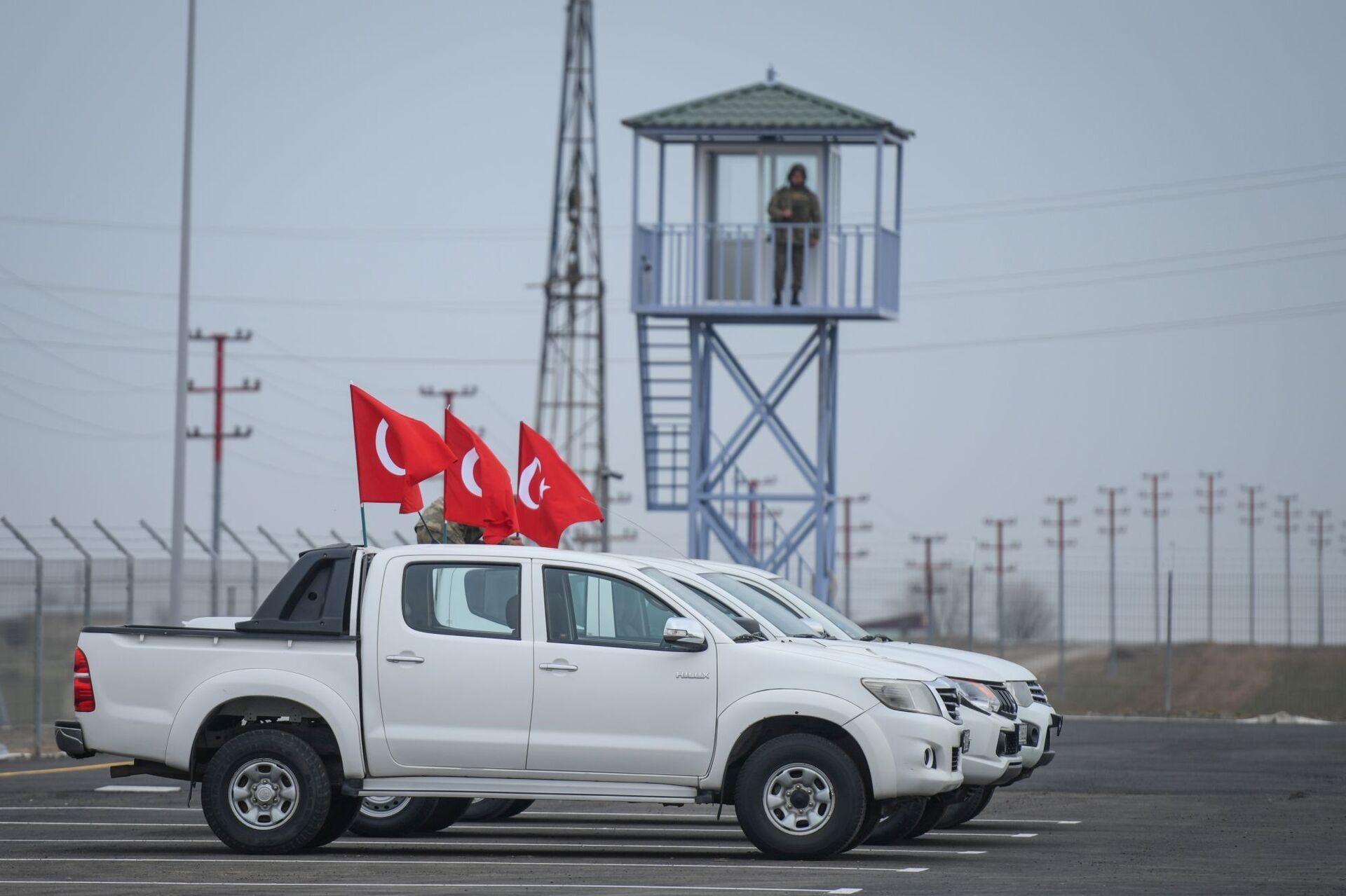 Российские и турецкие военные в Карабахе: будет ли работа мониторингового Центра успешной - Sputnik Азербайджан, 1920, 09.02.2021