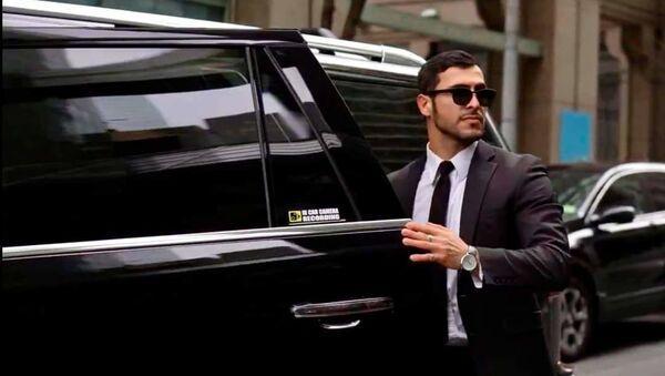 Проживающий в США певец, модель и актер азербайджанского происхождения Стефано Суарос (Раджаб Раджабов)  - Sputnik Азербайджан