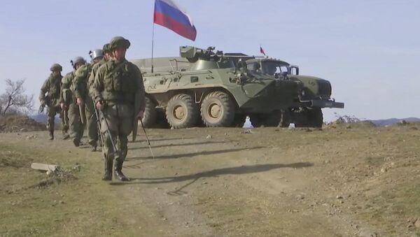 Специалистами Международного противоминного центра Минобороны России продолжается работа по разминированию территории Нагорного Карабаха - Sputnik Азербайджан