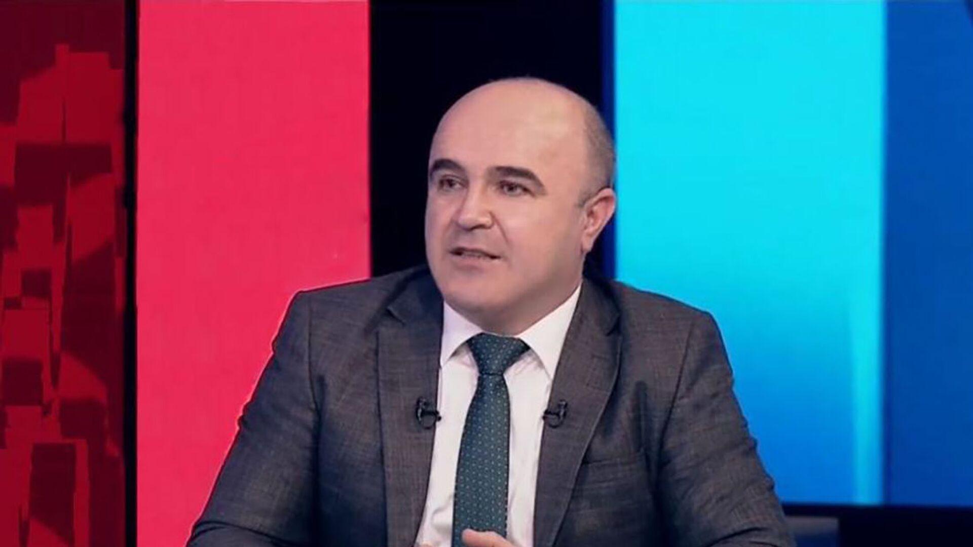 İqtisadçı ekspert Eldəniz Əmirov - Sputnik Азербайджан, 1920, 08.09.2021