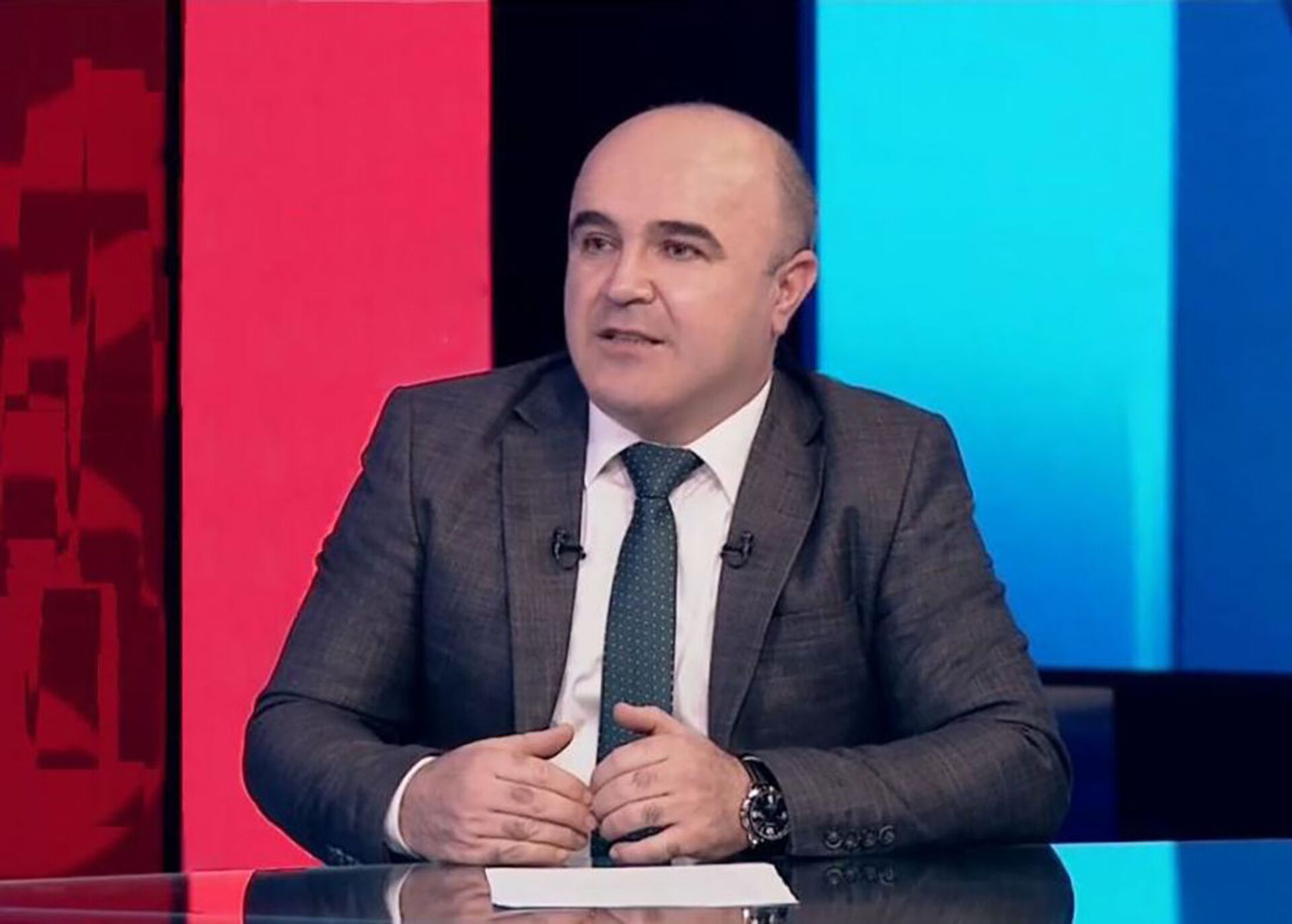 İqtisadçı ekspert Eldəniz Əmirov - Sputnik Азербайджан, 1920, 01.10.2021