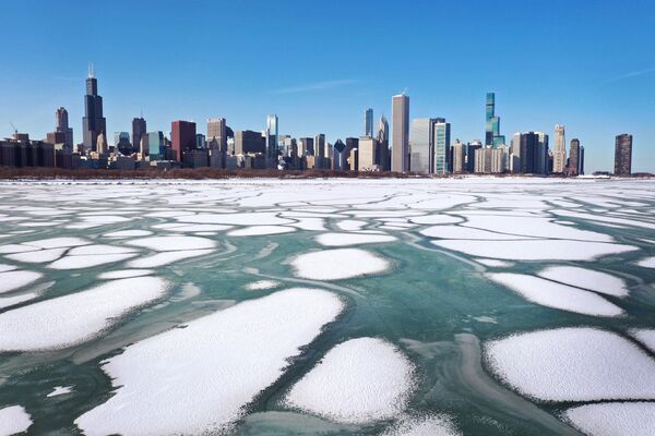 Лед на озере Мичиган, США - Sputnik Азербайджан