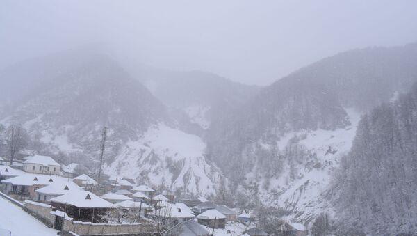 Снег в Шемахе, фото из ахива - Sputnik Азербайджан
