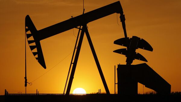 Нефтяная качалка, фото из архива - Sputnik Azərbaycan