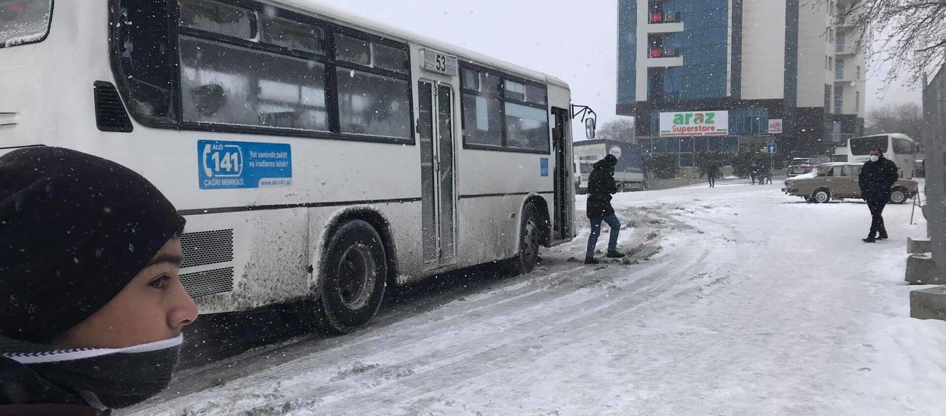 Ситуация в Баку после снегопада, 24 февраля 2021 года - Sputnik Азербайджан, 1920, 24.02.2021