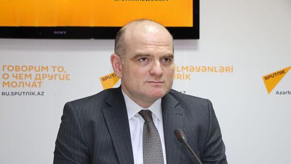 Rus İqtisad Məktəbinin direktor müavini Elşad Məmmədov - Sputnik Azərbaycan