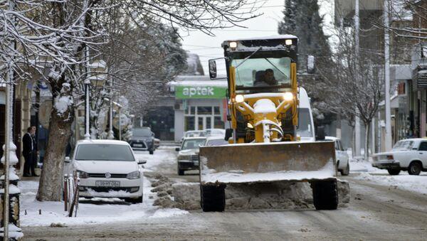 Ситуация в Лянкоране после снегопада, 25 февраля 2021 года - Sputnik Азербайджан
