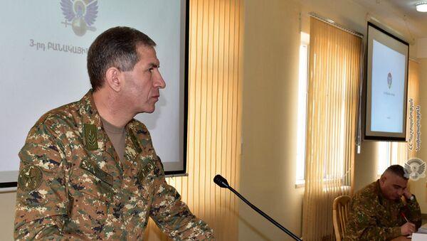 Начальник Генерального штаба ВС РА генерал-полковник Оник Гаспарян  - Sputnik Azərbaycan