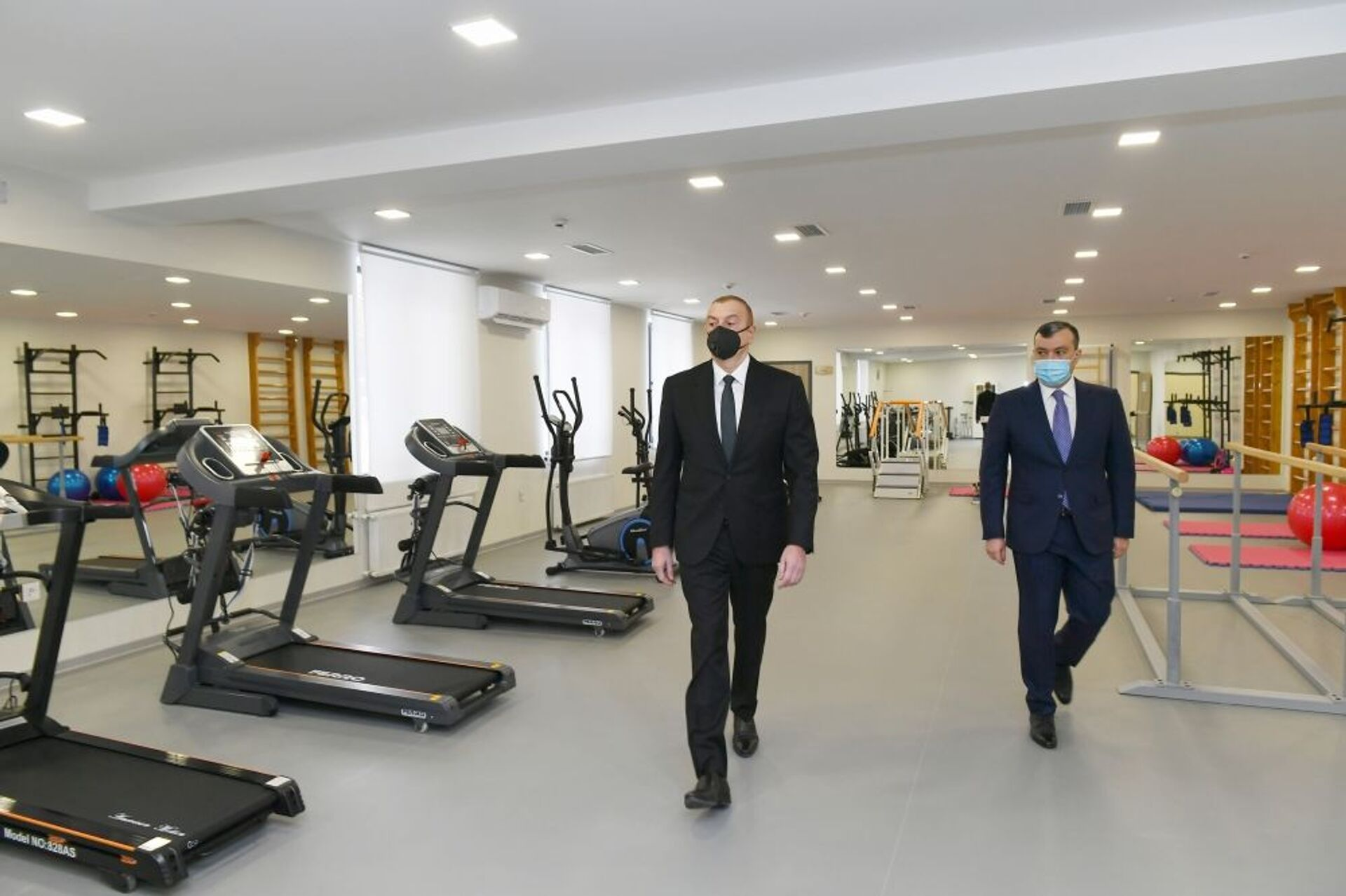 Президент Алиев посетил обновленный Шаганский реабилитационный пансионат – фото - Sputnik Азербайджан, 1920, 25.02.2021