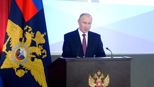 Президент РФ В. Путин принял участие в ежегодном расширенном заседании коллегии МВД России - Sputnik Азербайджан