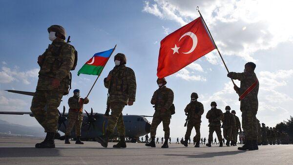 Azərbaycan və Türkiyə hərbçilərinin birgə təlimləri - Sputnik Азербайджан