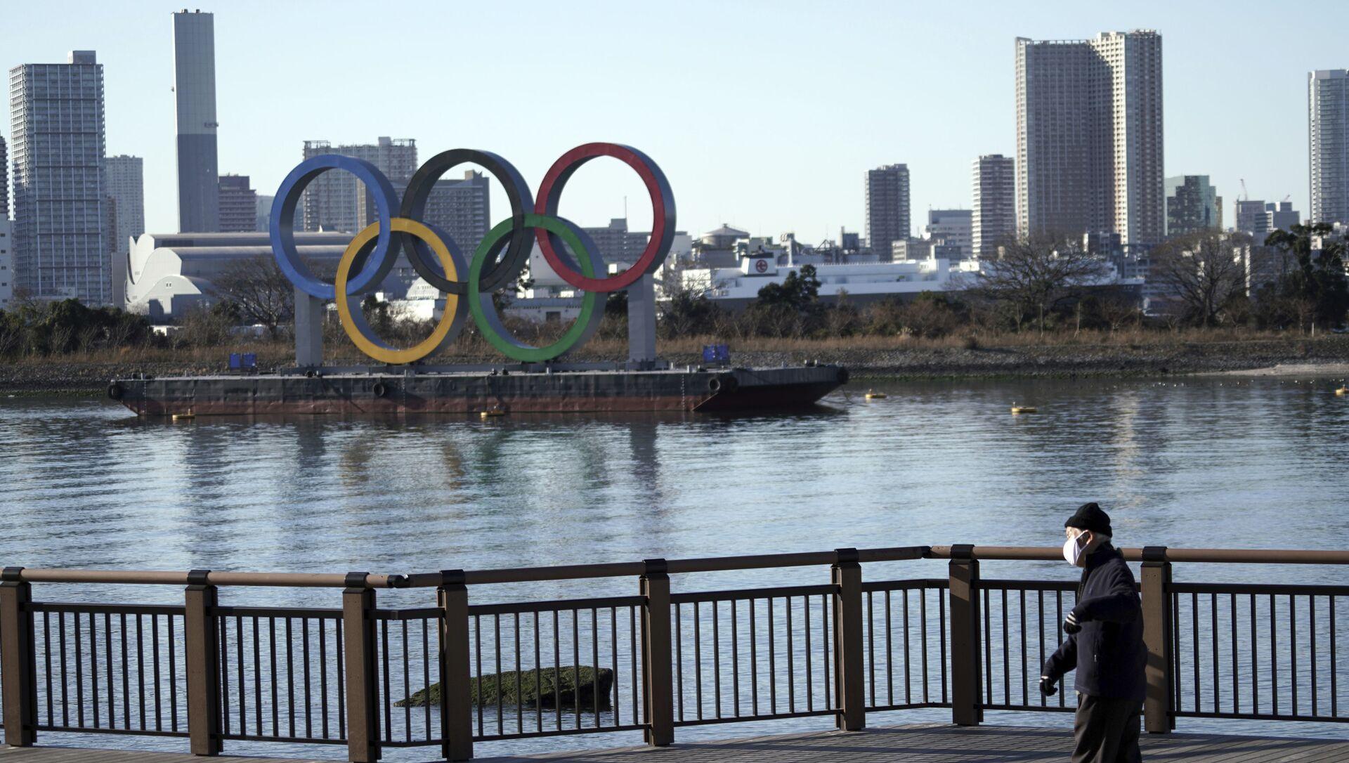 Олимпийские кольца в Токио, фото из архива - Sputnik Азербайджан, 1920, 24.08.2021