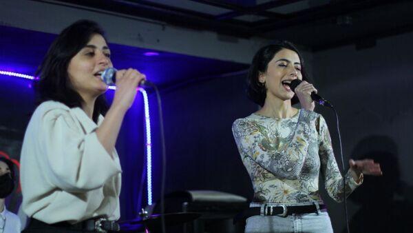 Концерт феминисток в Баку - Sputnik Азербайджан