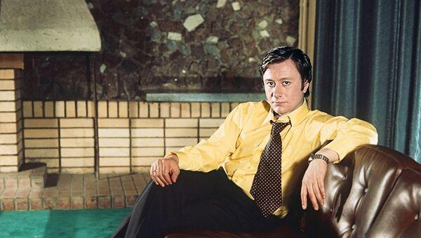 Актер театра и кино Андрей Миронов - Sputnik Азербайджан