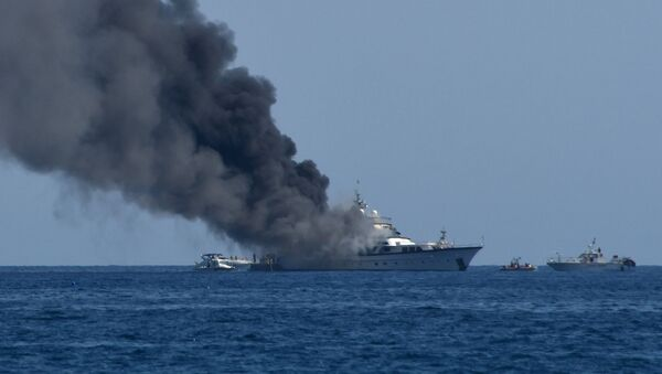 Пожар на корабле - Sputnik Азербайджан