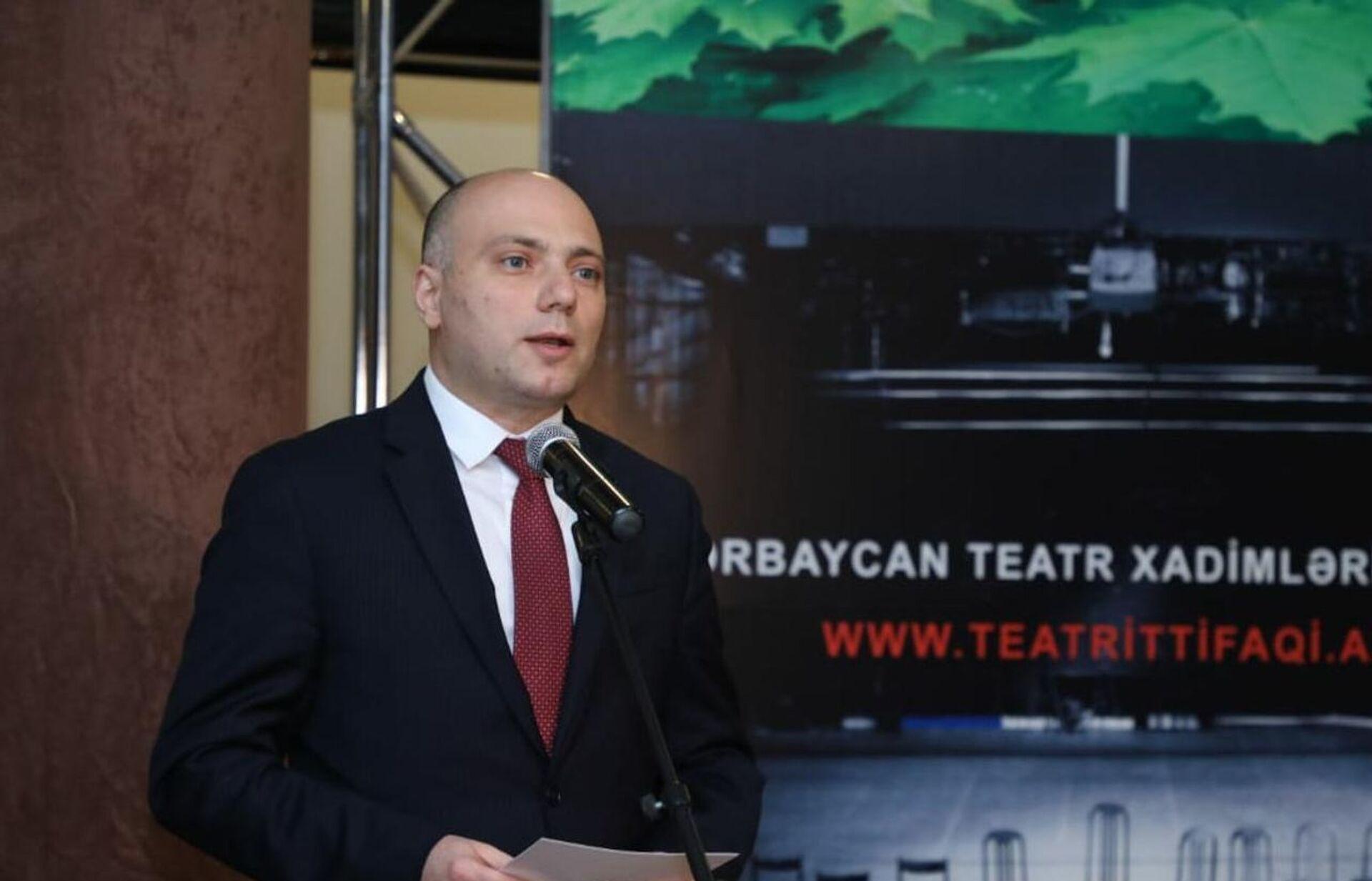 Год без сцены: азербайджанские актеры отметили профессиональный праздник с ноткой грусти - Sputnik Азербайджан, 1920, 10.03.2021