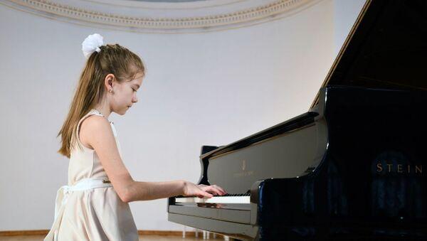 Bahar gəlir konserti - Sputnik Азербайджан