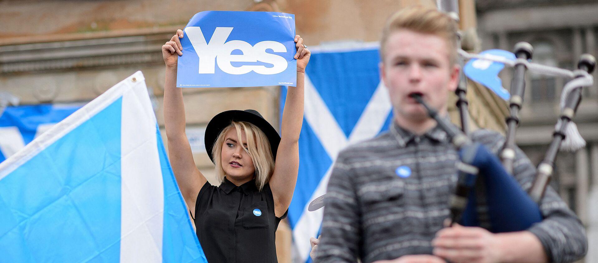Митинг в преддверии референдума в Шотландии, 17 сентября 2014 года  - Sputnik Азербайджан, 1920, 24.03.2021