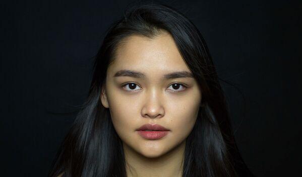 Девушка из вьетнамской этнической группы в проекте The Ethnic Origins of Beauty - Sputnik Азербайджан