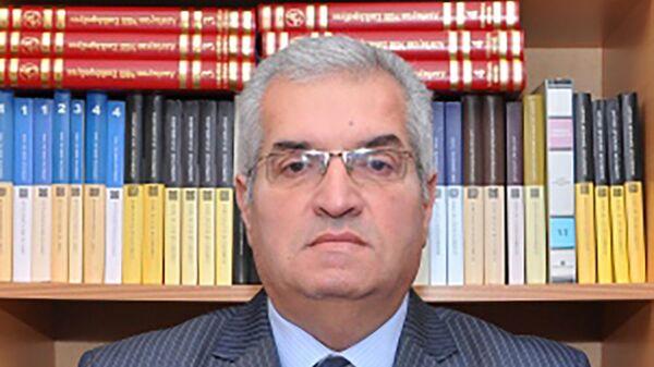 Politoloq Elşən Manafov - Sputnik Азербайджан