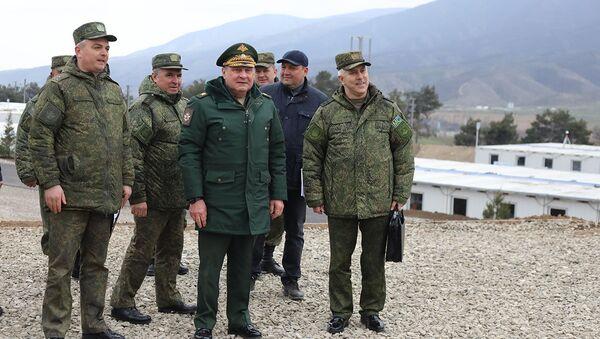 Визит замминистра обороны РФ Дмитрия Булгакова в Карабах - Sputnik Азербайджан