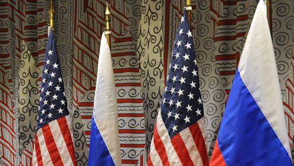 Флаги России и США - Sputnik Азербайджан
