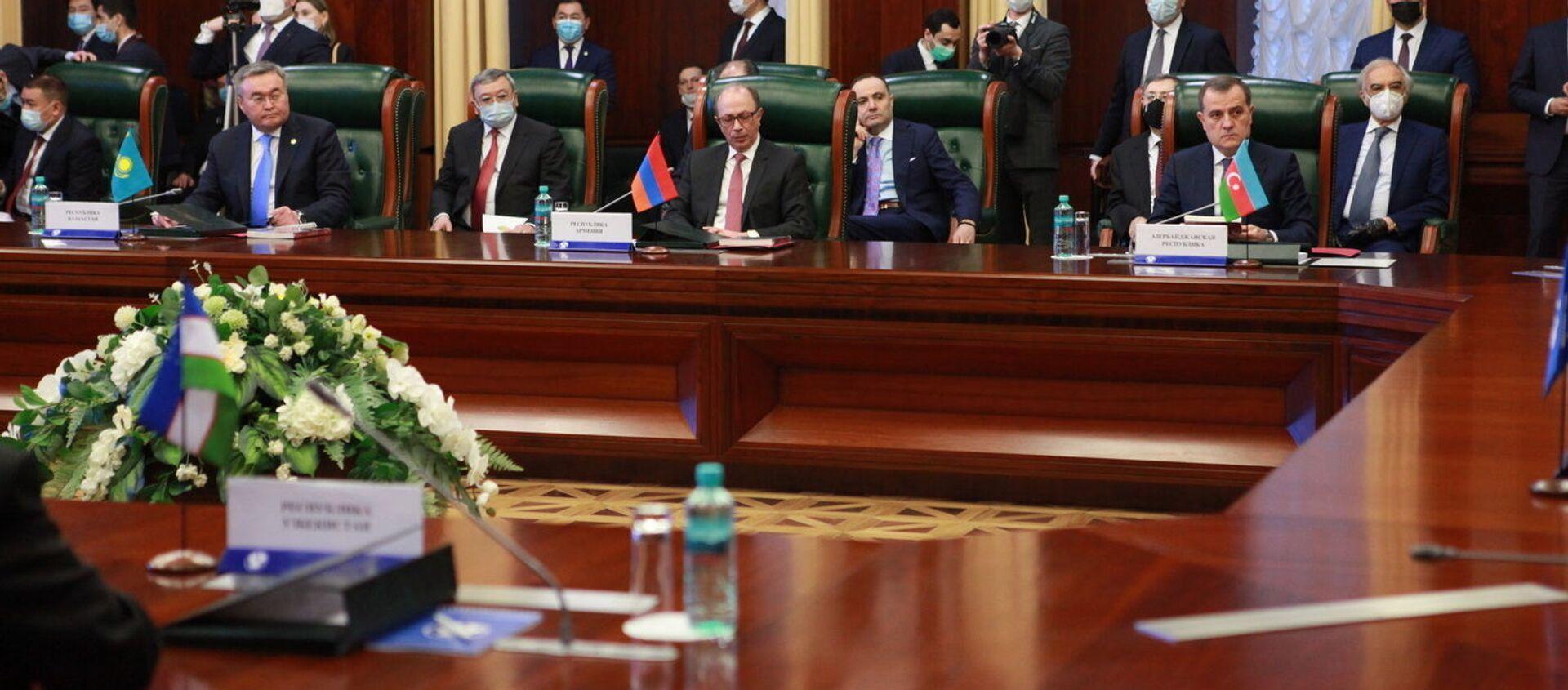 Заседание Совета глав МИД стран СНГ - Sputnik Азербайджан, 1920, 02.04.2021