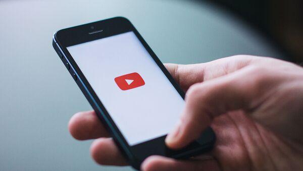 YouTube начнет тестировать отключение дизлайков у части пользователей - Sputnik Азербайджан