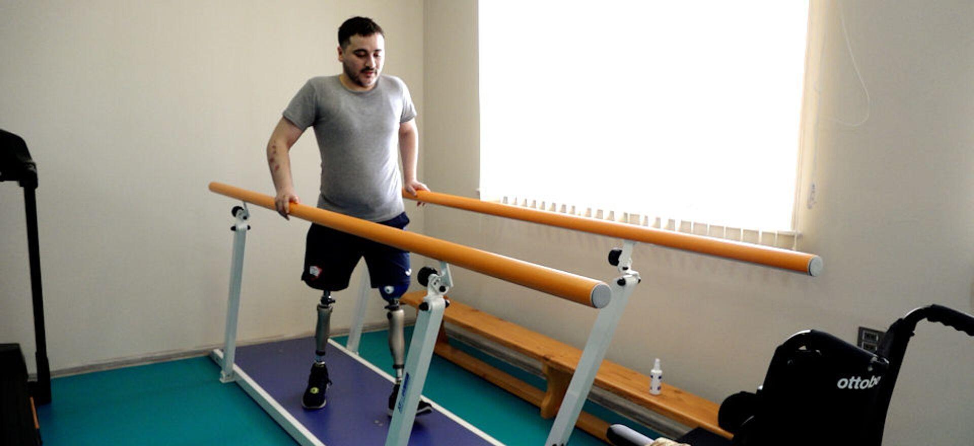 Верить и не терять надежду: как ветераны заново учатся ходить - Sputnik Азербайджан, 1920, 06.04.2021