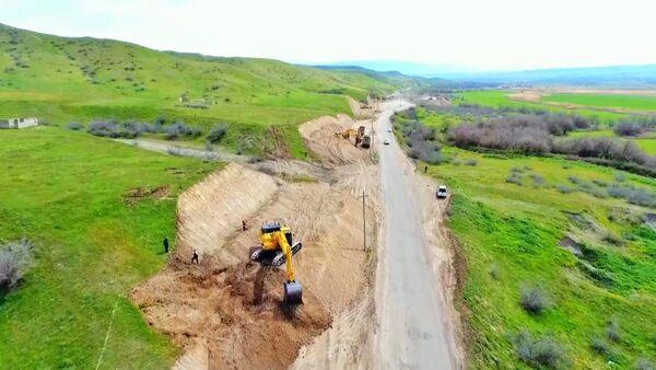 Строительство автодороги Худаферин-Губадлы-Лачин - Sputnik Азербайджан