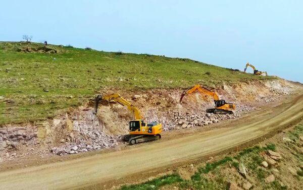 Строительство автомагистрали Гадрут-Джебраил-Шукюрбейли - Sputnik Азербайджан