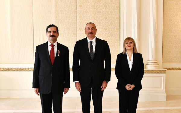 Встреча Президента Ильхама Алиева с послом Турции в Азербайджане Эрканом Озоралом - Sputnik Азербайджан