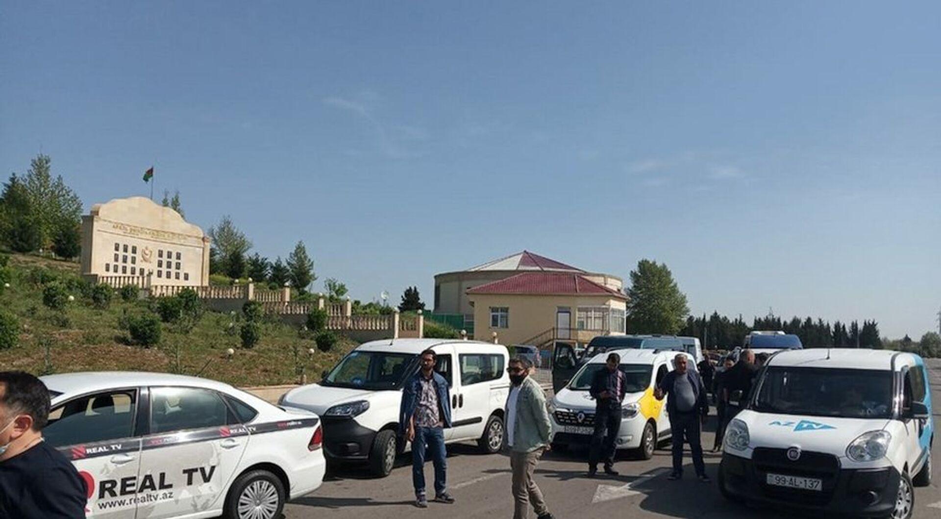Члены Албано-удинской христианской религиозной общины Азербайджана посетили Ходжавенд - Sputnik Азербайджан, 1920, 17.04.2021