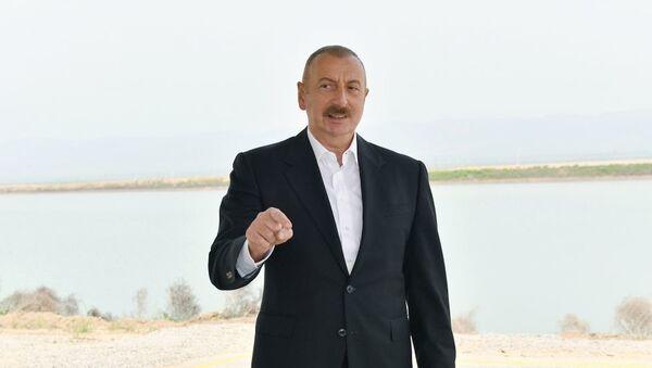 Prezident İlham Əliyev Azərbaycan Televiziyasına müsahibə verib - Sputnik Азербайджан