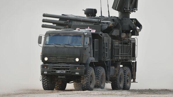 Зенитный ракетно-пушечный комплекс Панцирь-С1  - Sputnik Azərbaycan