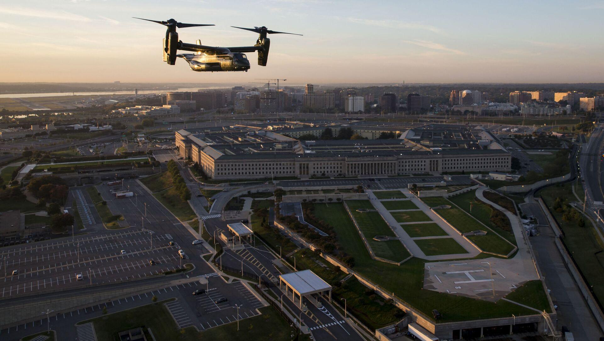 Здание Пентагона в Вашингтоне - Sputnik Азербайджан, 1920, 27.04.2021