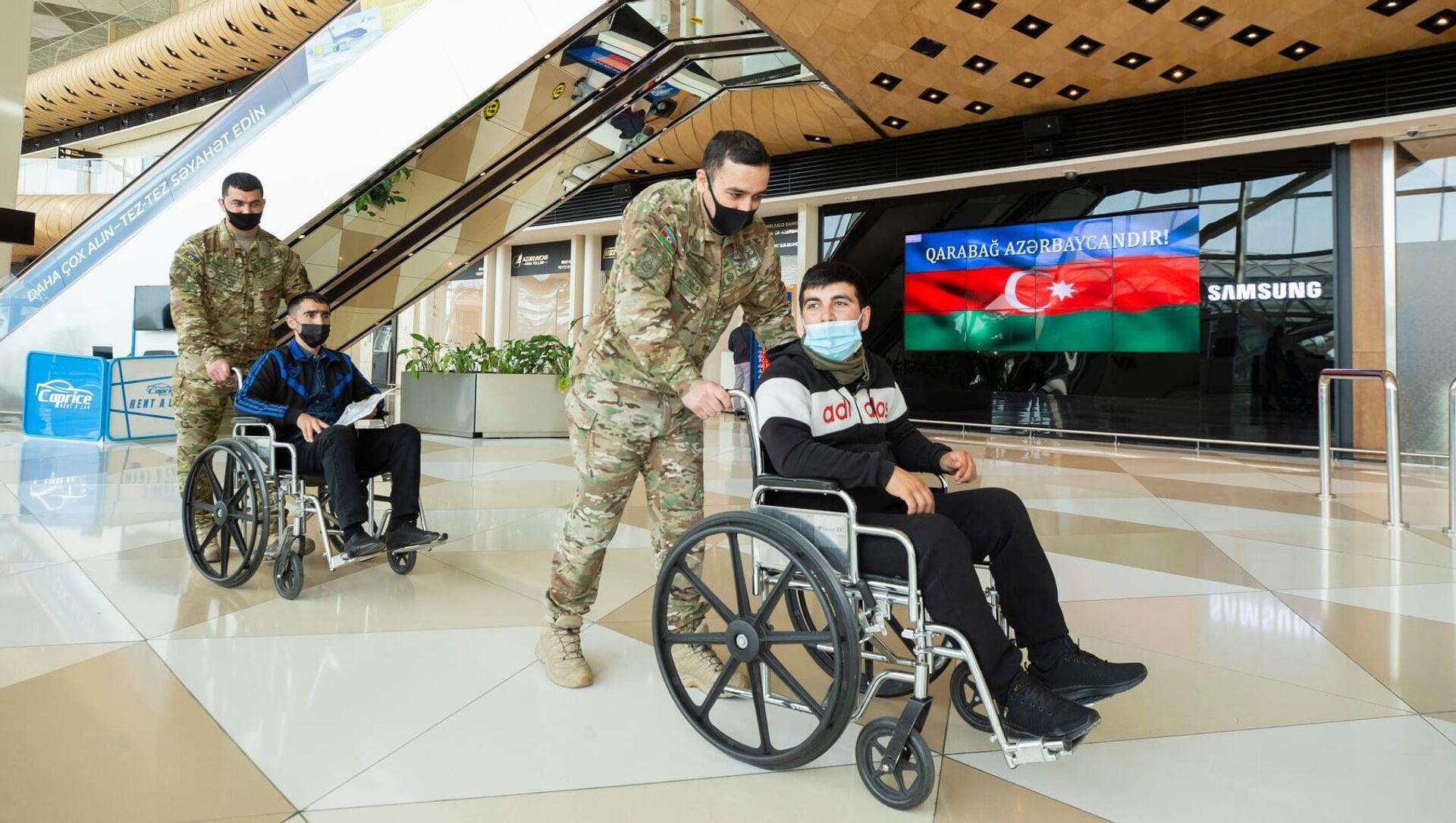 Отправка ветерана на лечение в Турцию - Sputnik Азербайджан, 1920, 27.04.2021