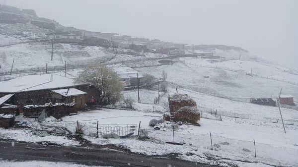 Xınalığa qar yağıb - Sputnik Azərbaycan