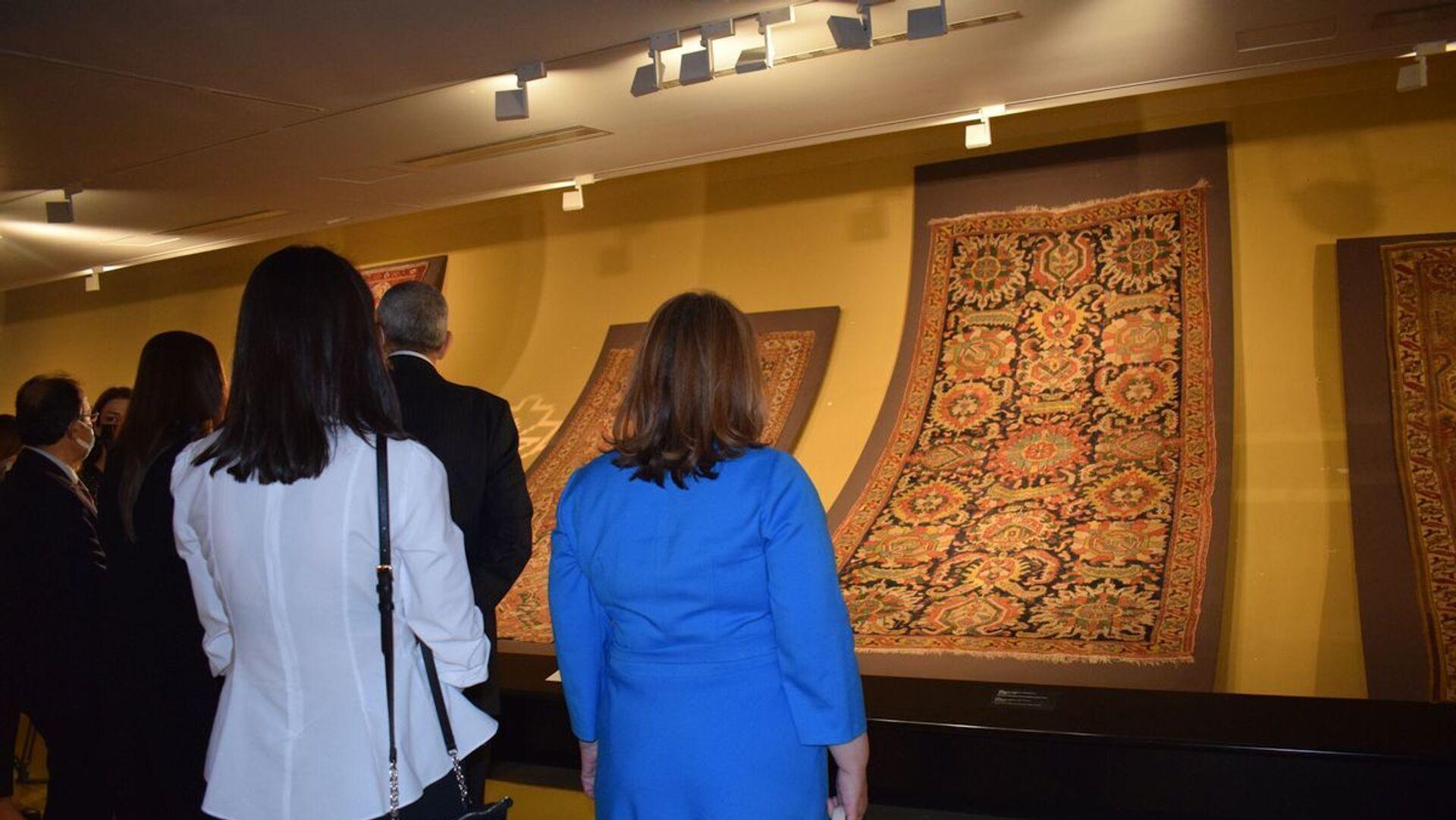 Мероприятие Продолжатели наших традиций  в Национальном музее ковра - Sputnik Азербайджан, 1920, 14.09.2021