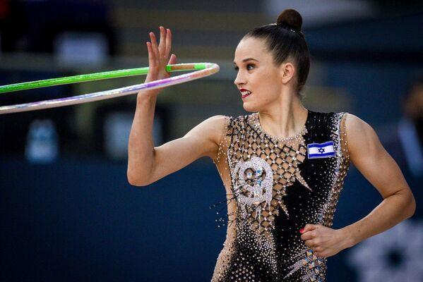 Израильская гимнастка Николь Зеликман. - Sputnik Азербайджан