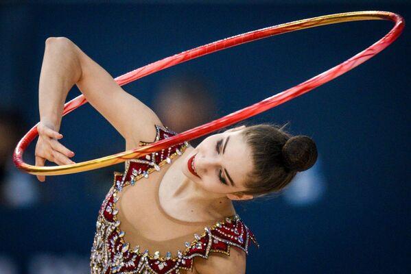 Латвийская гимнастка Елизавета Полстяная - Sputnik Азербайджан