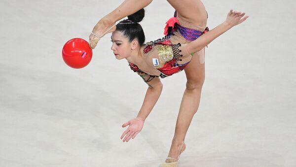 Лала Крамаренко (Россия) во время упражнений - Sputnik Азербайджан