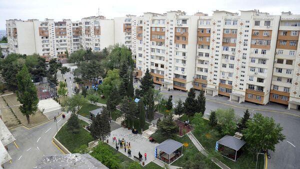 """Suraxanıda """"Bizim həyət"""" layihəsi çərçivəsində abadlaşdırılan növbəti həyət - Sputnik Азербайджан"""