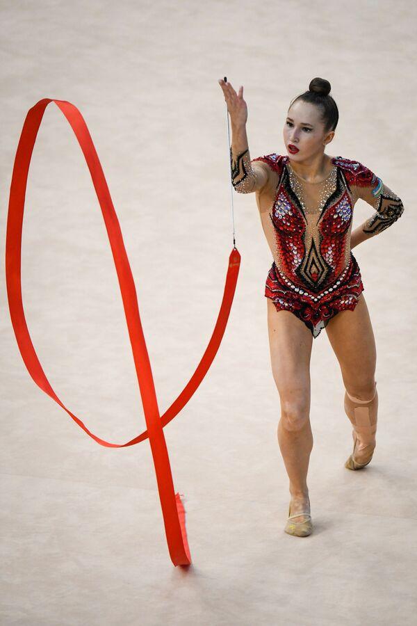 Гимнастка из Узбекистана Тахмина Икромова  - Sputnik Азербайджан