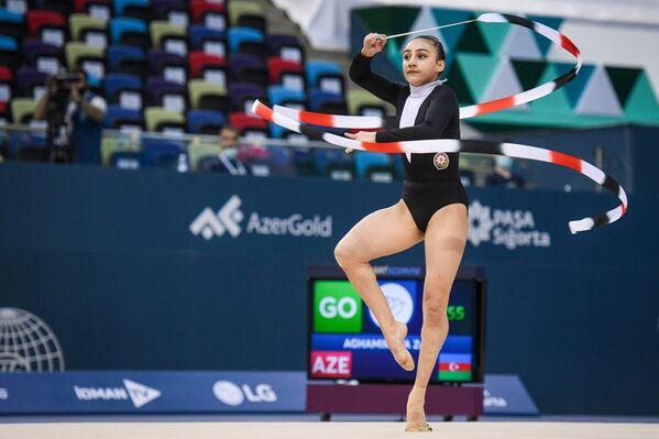 Азербайджанская гимнастка Зохра Агамирова - Sputnik Азербайджан