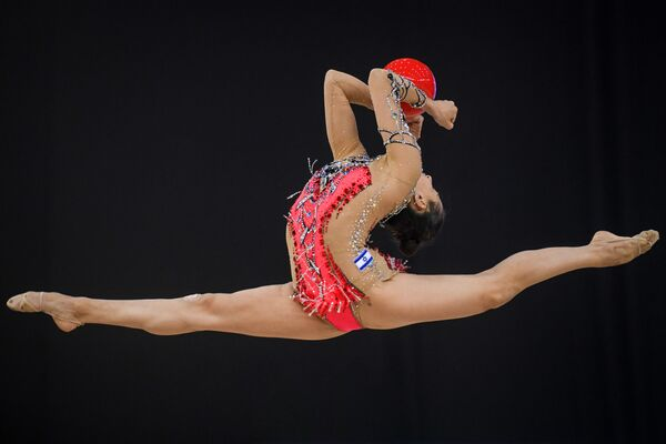 Израильская гимнастка Линой Ашрам - Sputnik Азербайджан