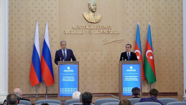 В интересах как азербайджанского, так и армянского народов – визит Лаврова в Баку - Sputnik Азербайджан