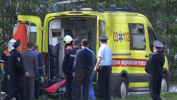 Ситуация у гимназии №175 на улице Джаудата Файзи в Казани - Sputnik Азербайджан