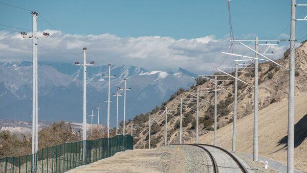 Открытие железнодорожного вокзала в Габале и однолинейной железной дороги ст. Ляки-Габала - Sputnik Азербайджан